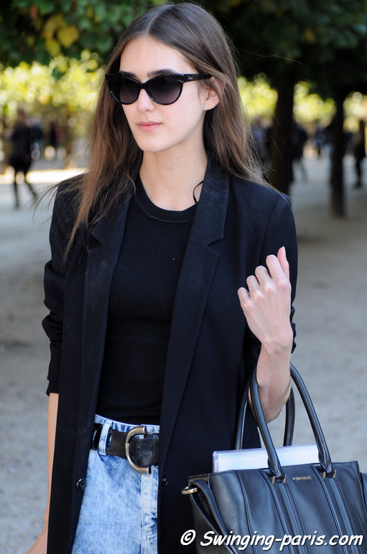Alexia Bellini outside Yang Li show, Paris S/S 2016 RtW Fashion Week, September 2015