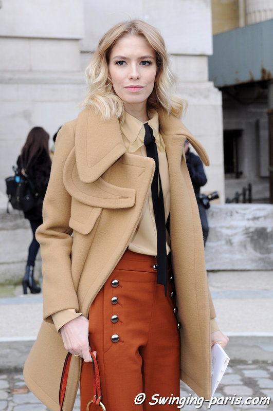 Elena Perminova (Елена Перминова) outside Chanel show, Paris Haute Couture S/S 2015 Fashion Week, January 2015