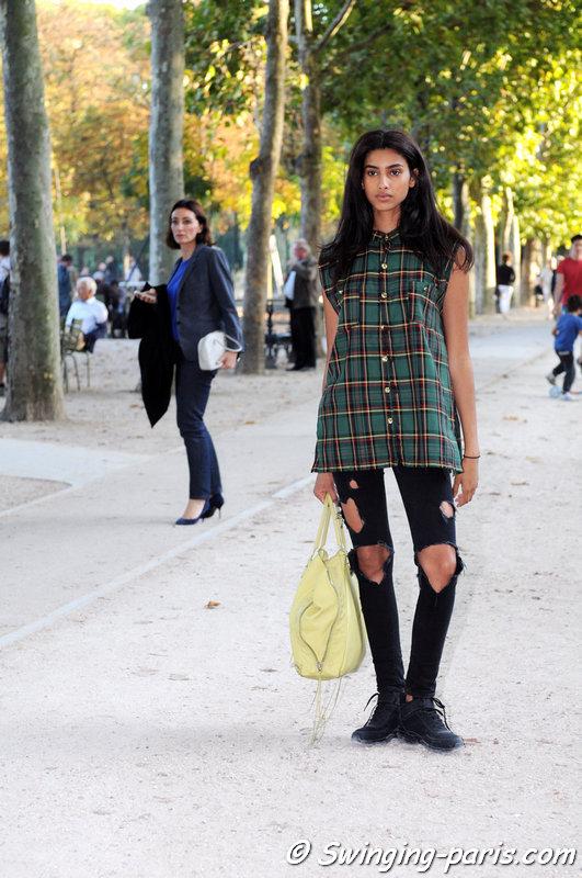Imaan Hammam leaving Hermès show, Paris S/S 2015 RtW Fashion Week, October 2014