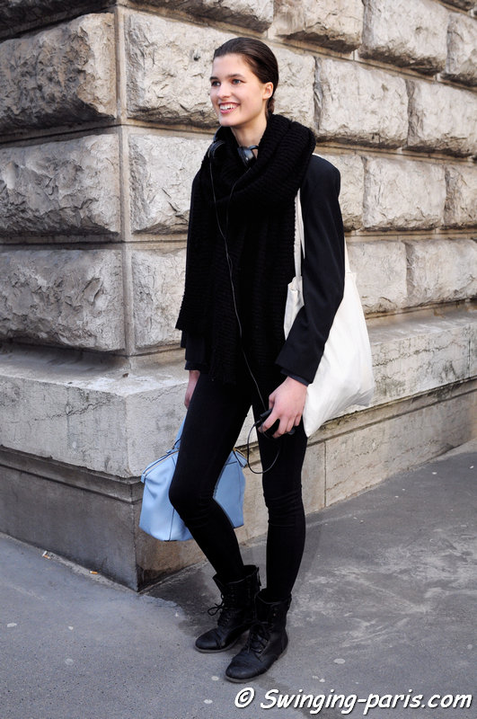 Julia van Os leaving Hermès show, Paris F/W 2015 RtW Fashion Week, March 2015