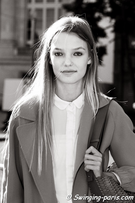 Roos Abels leaving Chloé show, Paris S/S 2016 RtW Fashion Week, October 2015