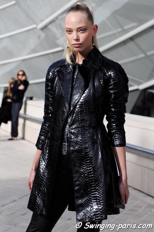 Tanya Dziahileva (or Dyagileva, Таня Дзягілева) leaving Louis Vuitton show, Paris S/S 2016 RtW Fashion Week, October 2015