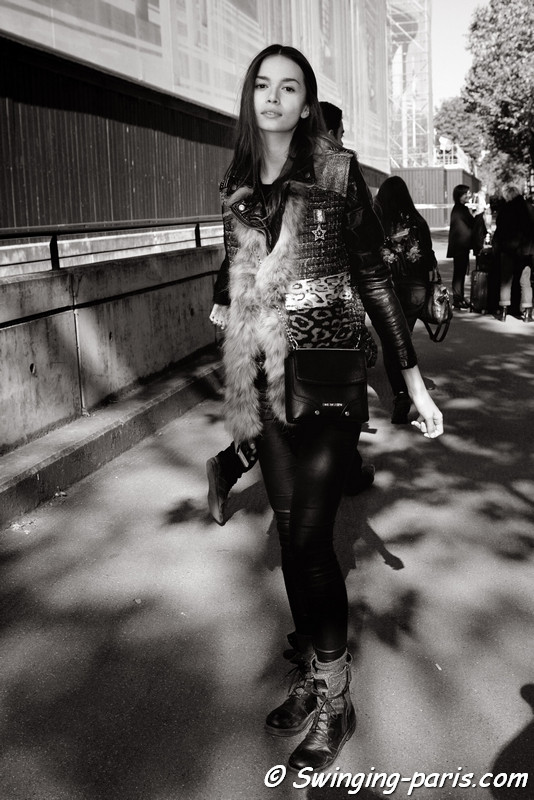 Alena Po, her full name is Alena Podloznaya, outside Miu Miu show, Paris S/S 2017 RtW Fashion Week, October 2016