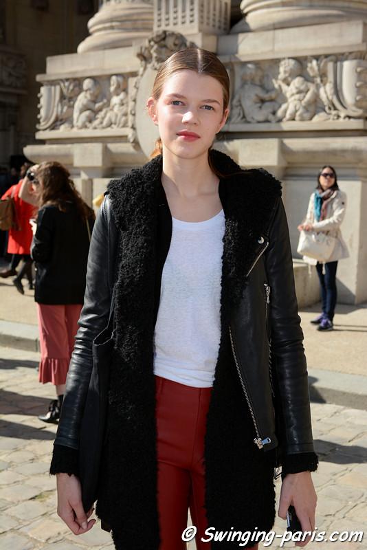 Antonia Wesseloh leaving Léonard show, Paris S/S 2017 RtW Fashion Week, October 2016