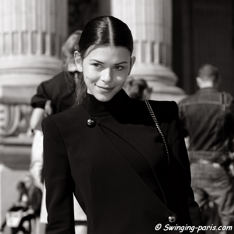 Georgia Fowler leaving Léonard show, Paris S/S 2017 RtW Fashion Week, October 2016