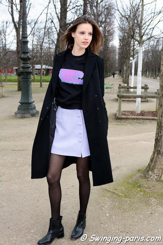 Heloise Giraud leaving Carven show, Paris FW 2016 RtW Fashion Week, March 2016