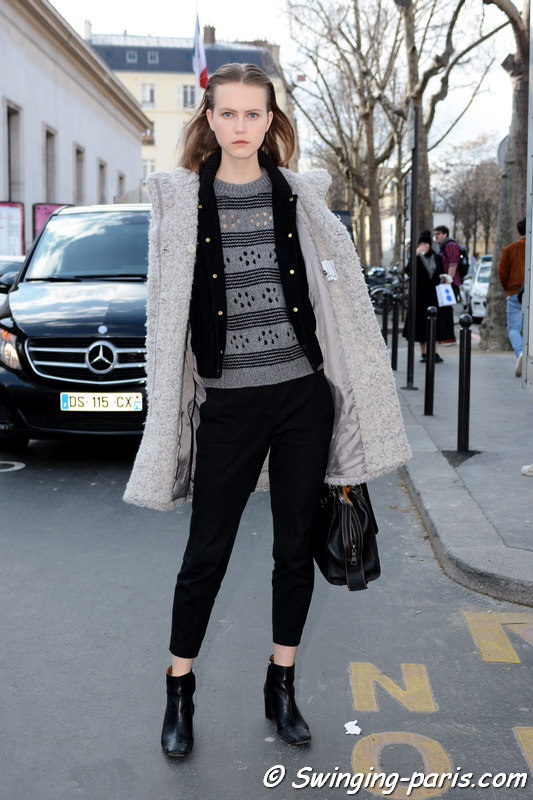 Julie Hoomans leaving Paco Rabanne show, Paris FW 2016 RtW Fashion Week, March 2016