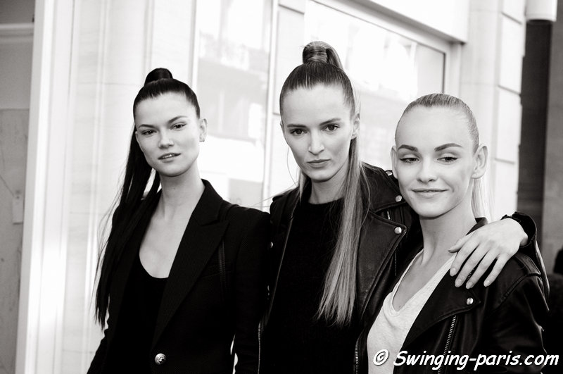 Kasia Struss (left), Daria Strokous (Дарья Строкоус) and Ginta Lapina (right) leaving Balmain show, Paris S/S 2016 RtW Fashion Week, October 2015