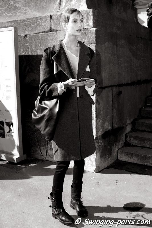 Nastya Leshchinskaia (Настя Лещинская) outside Maison Margiela show, Paris FW 2016 RtW Fashion Week, March 2016