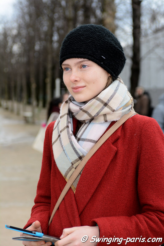 Tatiana Shchenkina leaving Issey Miyake show, Paris FW 2016 RtW Fashion Week, March 2016