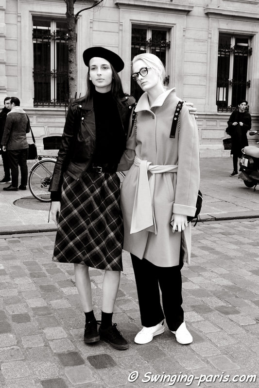 Waleska Gorczevski (left) and Sunniva Vaatevik (or Sunniva Wahl) outside Bouchra Jarrar show, Paris Haute Couture SS 2016 Fashion Week, January 2016