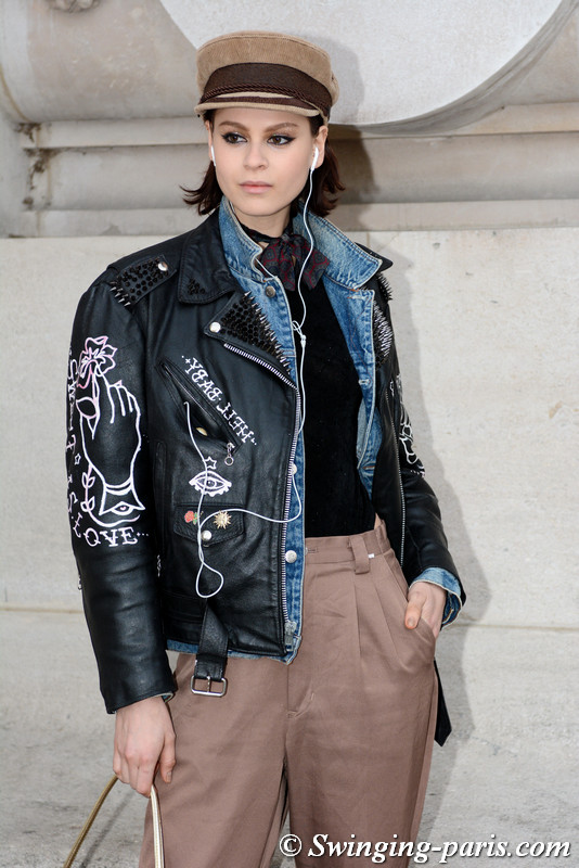 Ana Cristina Plansky leaving Shiatzy Chen show, Paris F/W 2017 RtW Fashion Week, March 2017