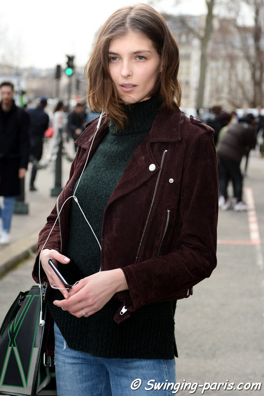 Anastasia Lagune leaving Issey Miyake show, Paris F/W 2017 RtW Fashion Week, March 2017