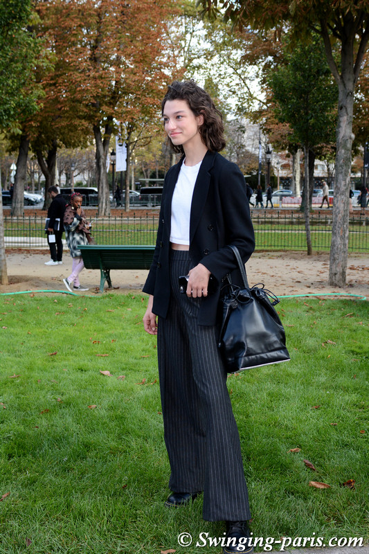 McKenna Hellam outside Chanel show, Paris S/S 2018 RtW Fashion Week, October 2017