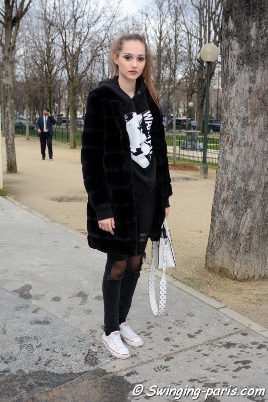 Michelle Gutknecht leaving Chanel show, Paris F/W 2017 RtW Fashion Week, March 2017
