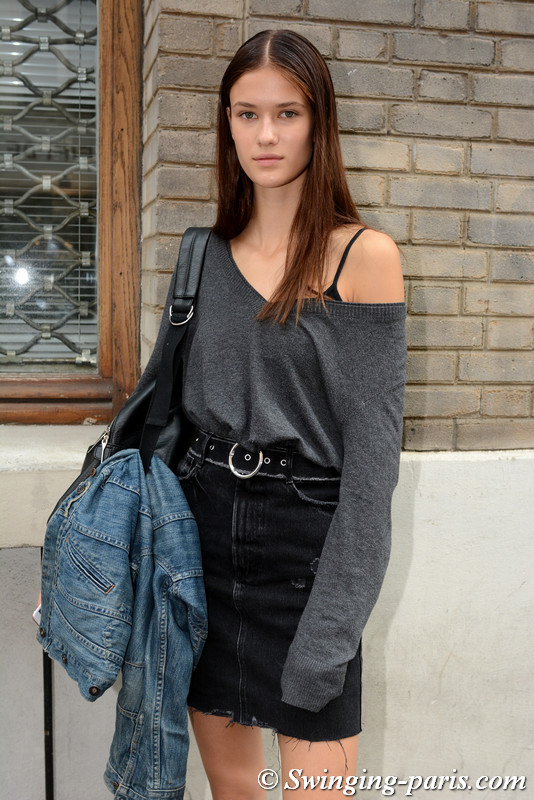 Sarah Abt outside Nehera show, Paris S/S 2018 RtW Fashion Week, September 2017