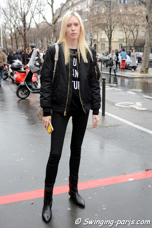 Tyg Davison outside Valentin Yudashkin show, Paris F/W 2017 RtW Fashion Week, March 2017