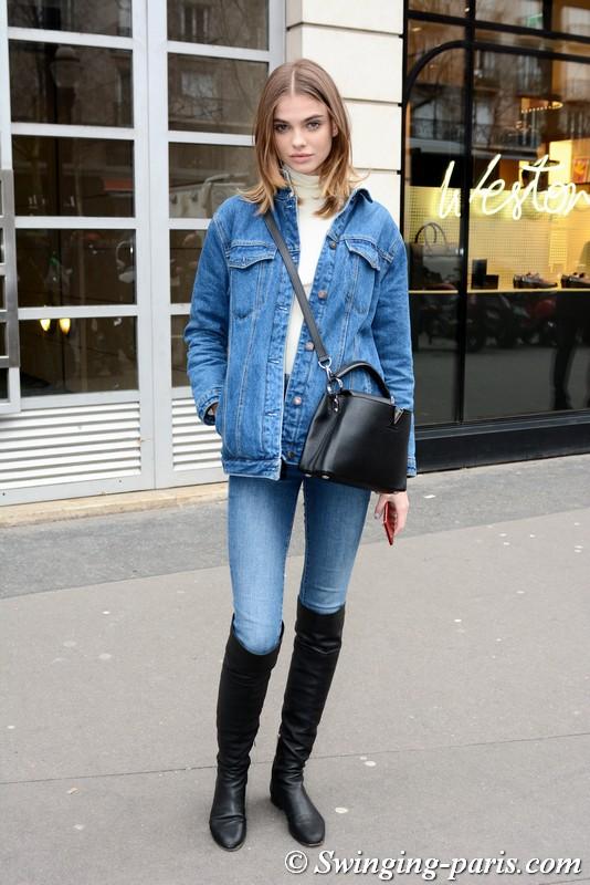 Dasha Khlystun outside Elie Saab show, Paris Haute Couture SS 2018 Fashion Week, January 2018