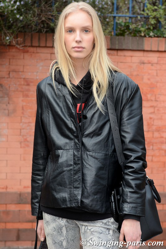 Jessie Bloemendaal leaving Balmain show, Paris FW 2019 RtW Fashion Week, March 2019