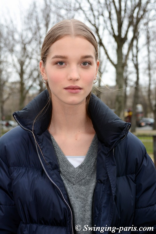 Laurijn Bijnen leaving Chanel show, Paris FW 2019 RtW Fashion Week, March 2019