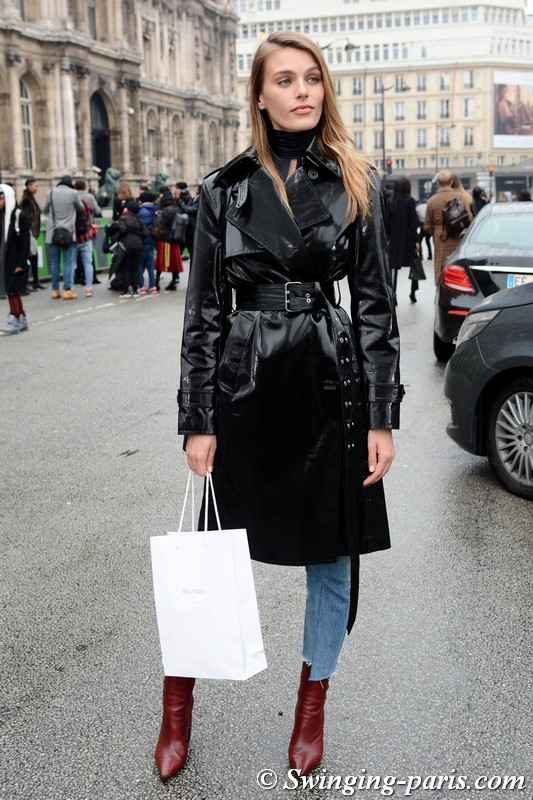 Madison Headrick leaving Balmain show, Paris F/W 2018 RtW Fashion Week, March 2018