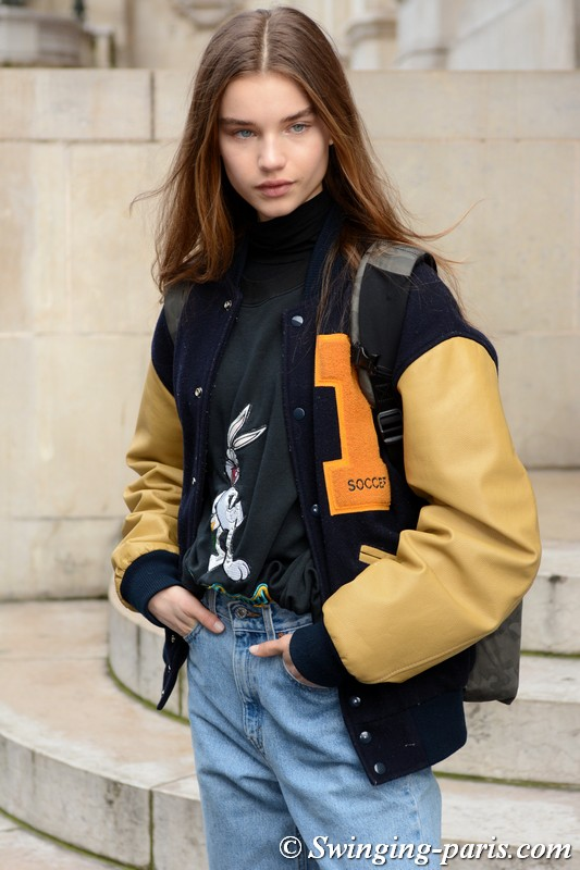 Meghan Roche leaving Stella McCartney show, Paris F/W 2018 RtW Fashion Week, March 2018