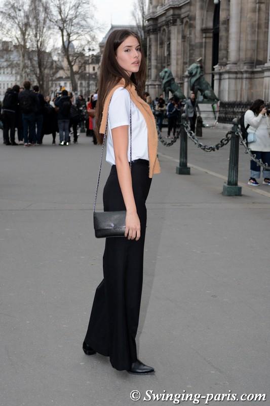 Vanessa Moody leaving Redemption show, Paris FW 2019 RtW Fashion Week, February 2019