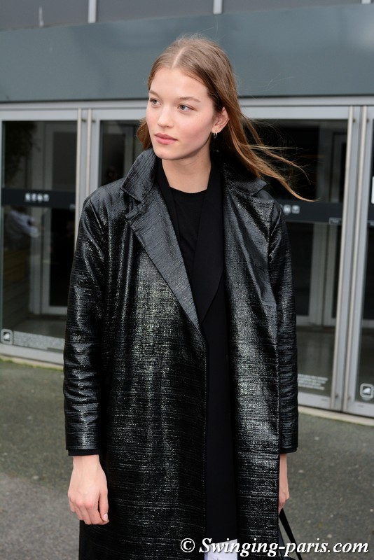 Laurijn Bijnen leaving Balmain show, Paris FW 2019 RtW Fashion Week, March 2019