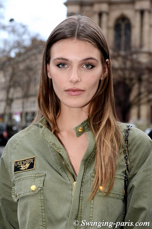 Madison Headrick leaving Redemption show, Paris FW 2019 RtW Fashion Week, February 2019