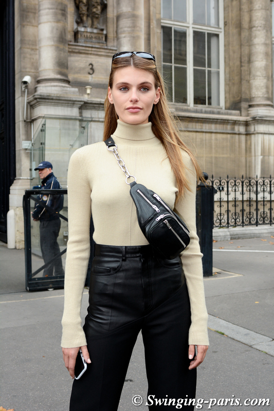 Madison Headrick leaving Redemption show, Paris S/S 2020 RtW Fashion Week, September 2019