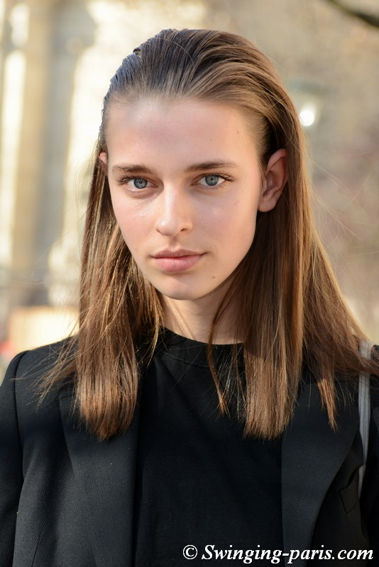 Merel Zoet outside Unravel Project show, Paris FW 2019 RtW Fashion Week, February 2019