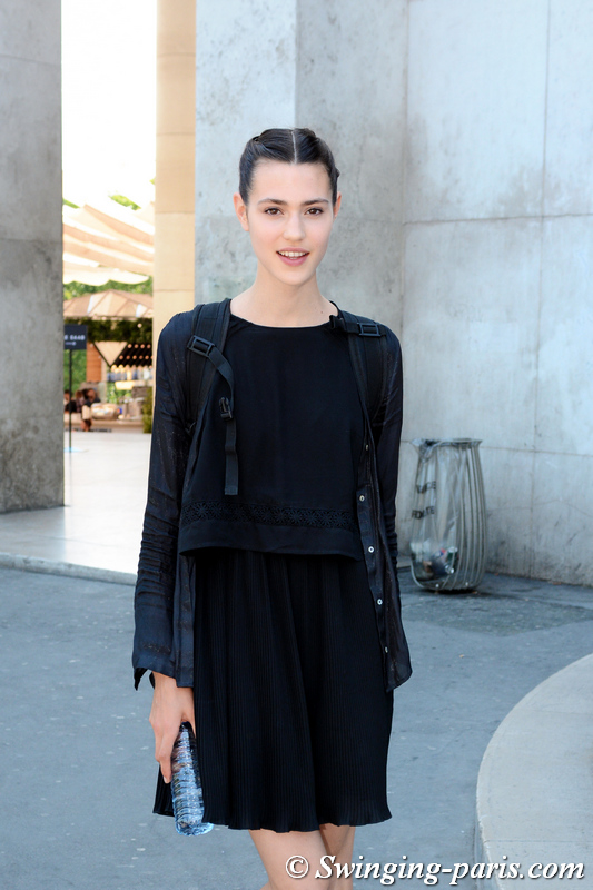 Noortje van Oers outside Elie Saab show, Paris F/W 2019 Haute Couture Fashion Week, July 2019