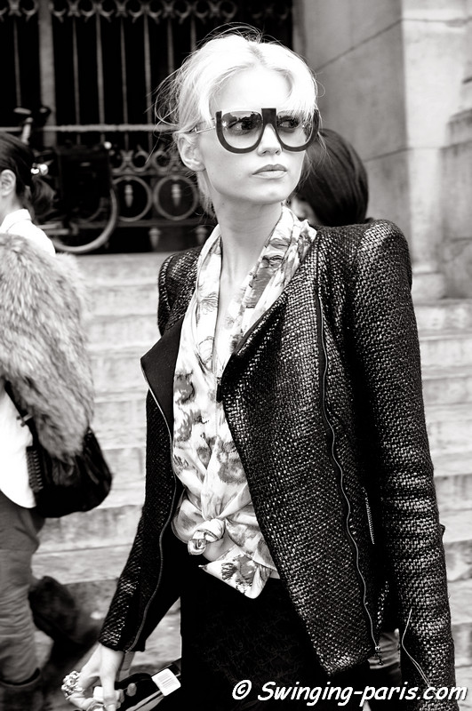 Abbey Lee Kershaw leaving Stella McCartney show, Paris October 2010