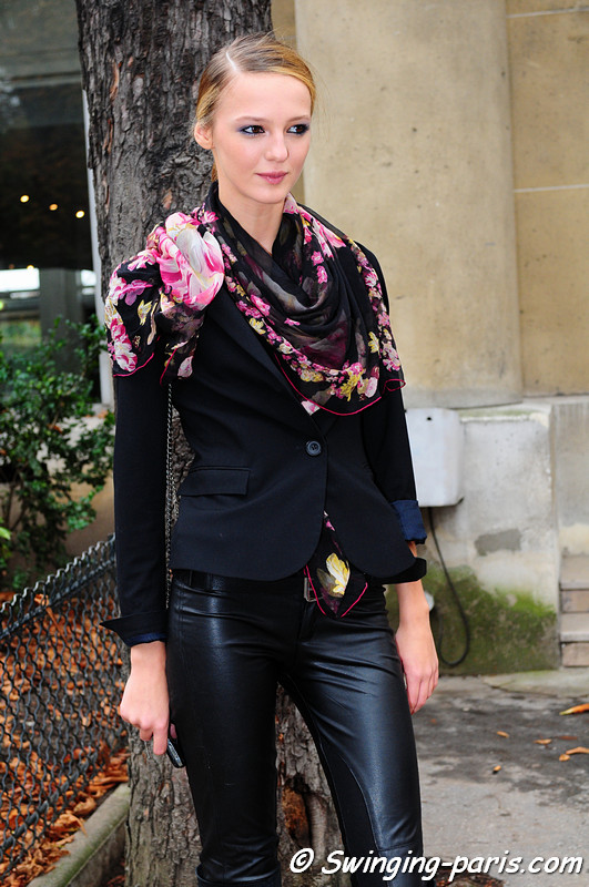 Alex Sandor outside Junko Shimada Show, Paris Fashion Week, October 2010.