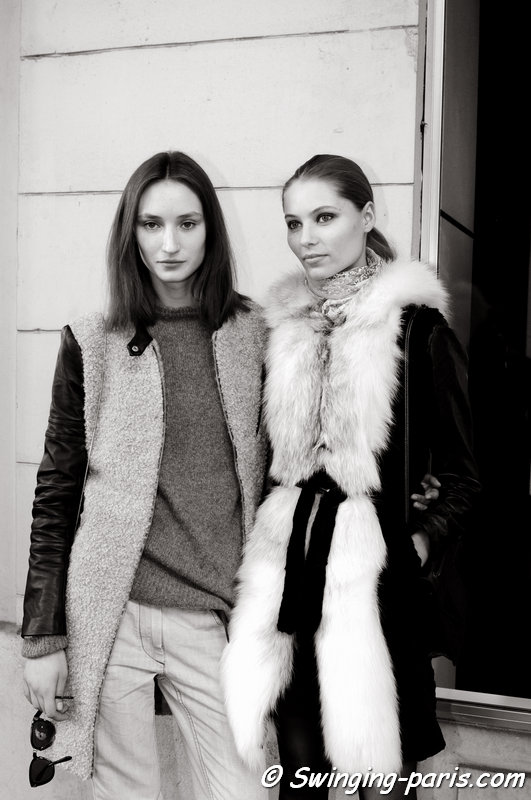 Alex Yuryeva and Vika Falileeva (Вика Фалилеева) outside Valentin Yudashkin show, Paris F/W 2014 RtW Fashion Week, March 2014