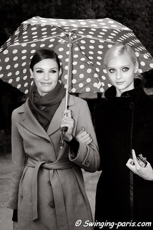 Alexandra Martynova (Александра Мартынова, right) and Nastya Kusakina (Настя Кусакина) leaving Elie Saab show, Paris S/S 2013 RtW Fashion Week, October 2012