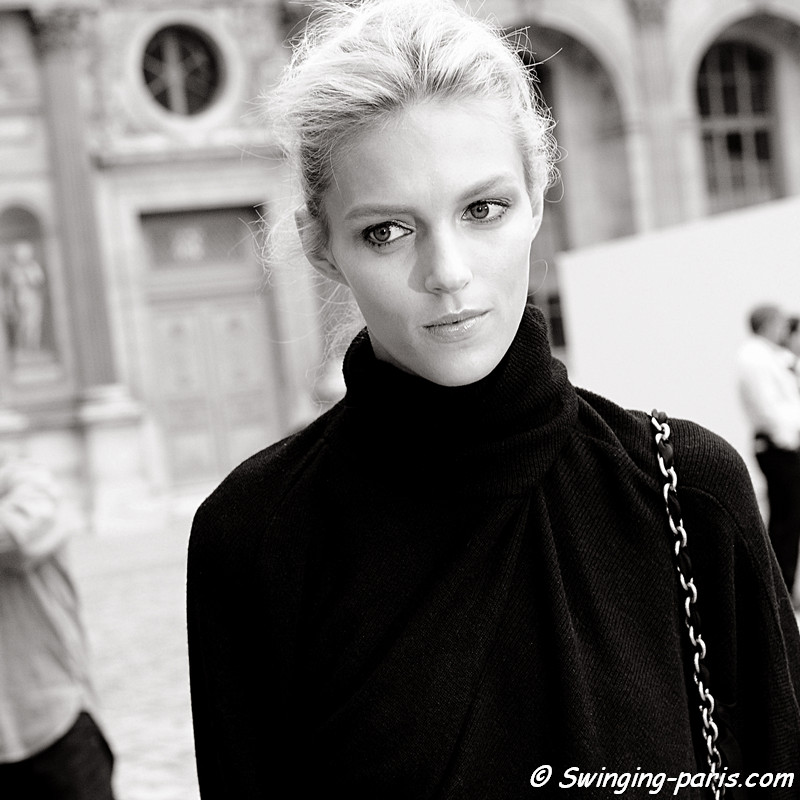 Anja Rubik leaving Louis Vuitton show, Paris S/S 2012 Fashion Week, October 2011
