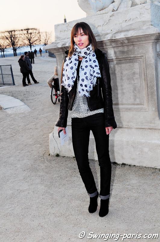 Anya Ziourova (Аня Зиоурова) leaving Lanvin show, Paris Fashion Week, March 2011