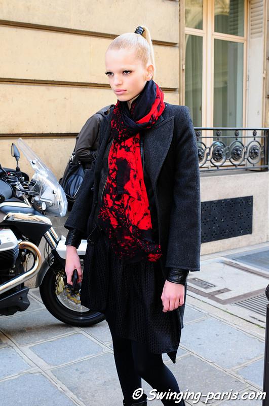 Daphne Groeneveld outside Emanuel Ungaro show, Paris Fashion Week, March 2011
