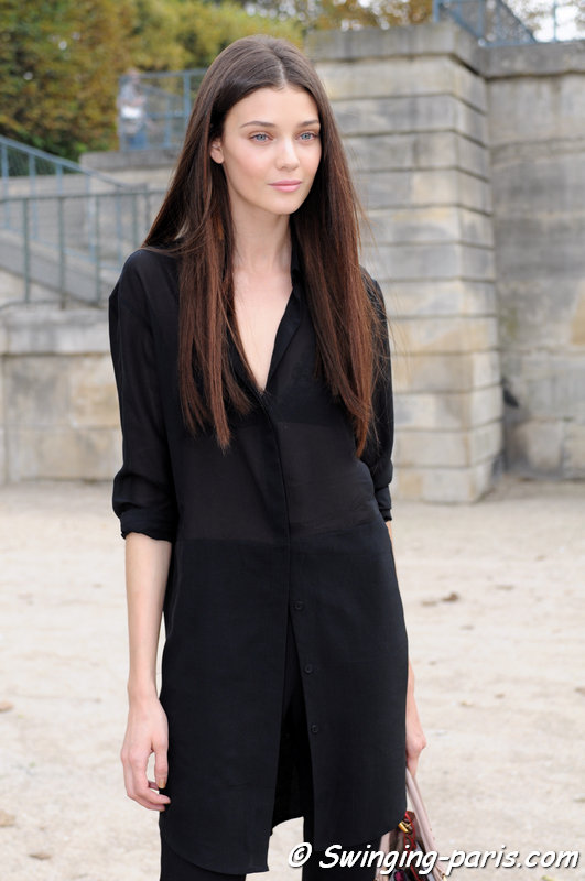 Diana Moldovan leaving Nina Ricci show, Paris S/S 2014 RtW Fashion Week, September 2013