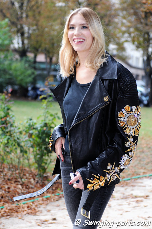 Elena Perminova (Елена Перминова) outside Giambattista Valli show, Paris S/S 2015 RtW Fashion Week, September 2014
