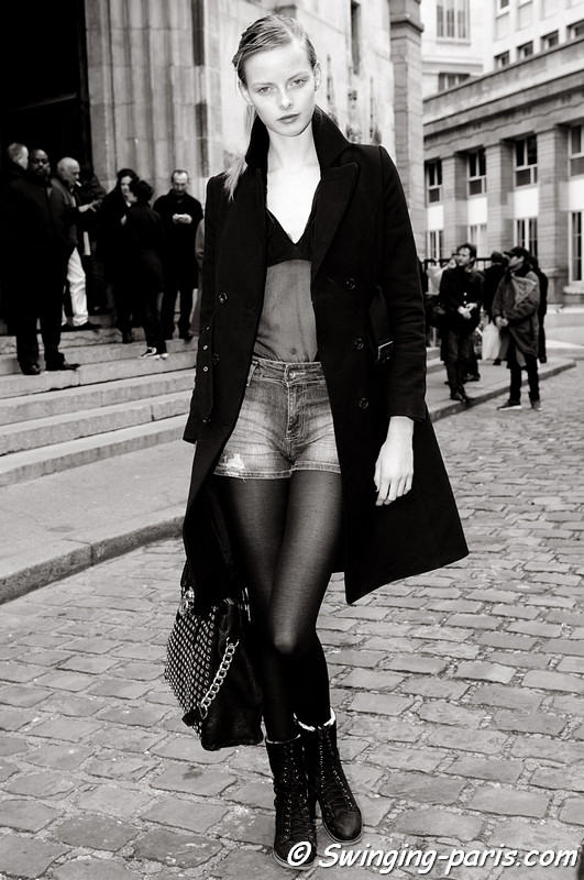 Elza Luijendijk outside Giambattista Valli show, Paris F/W RtW 2012 Fashion Week, March 2012