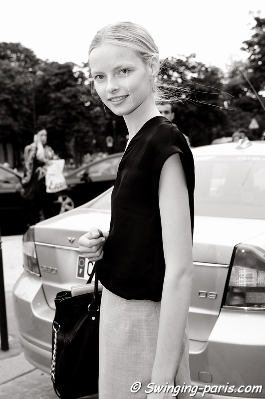 Elza Luijendijk outside Giambattista Valli show, Paris Haute Couture F/W 2012 Fashion Week, July 2012