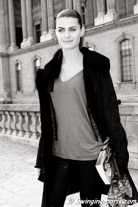 Isabeli Fontana after Louis Vuitton show, Paris Fashion Week, March 2011