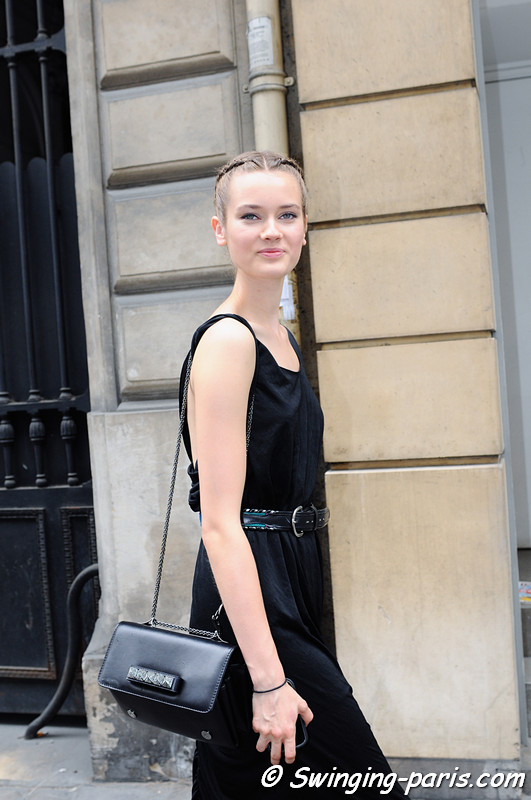 Jac (Monika Jagaciak) leaving Elie Saab show, Paris Haute Couture F/W 2012 Fashion Week, July 2012