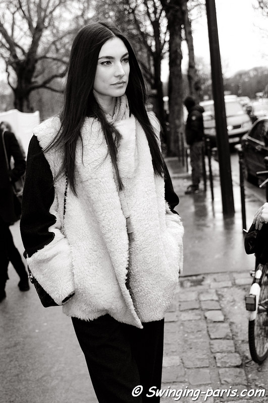 Jacquelyn Jablonski leaving Elie Saab show, Paris Haute Couture S/S 2012 Fashion Week, January 2012