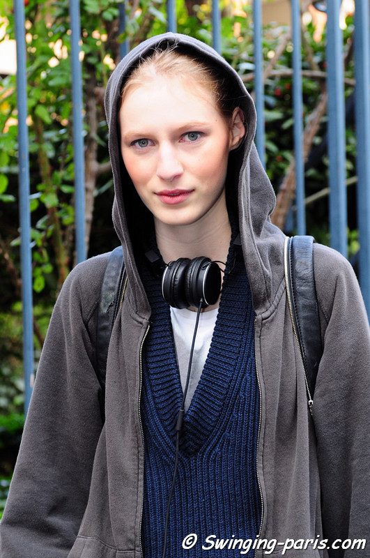 Julia Nobis leaving Bouchra Jarrar show, Paris Haute Couture S/S 2012 ...
