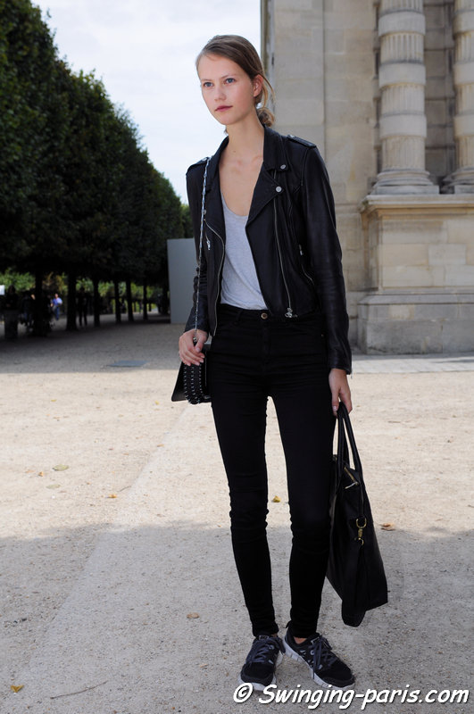 Julie Hoomans leaving Paco Rabanne show, Paris S/S 2015 RtW Fashion Week, September 2014