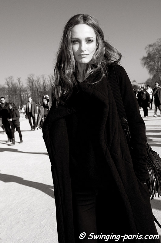 Karmen Pedaru outside Chloé show, Paris Fashion Week, March 2011