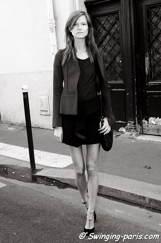 Kasia Struss outside Balenciaga show, Paris S/S 2012 Fashion Week, September 2011
